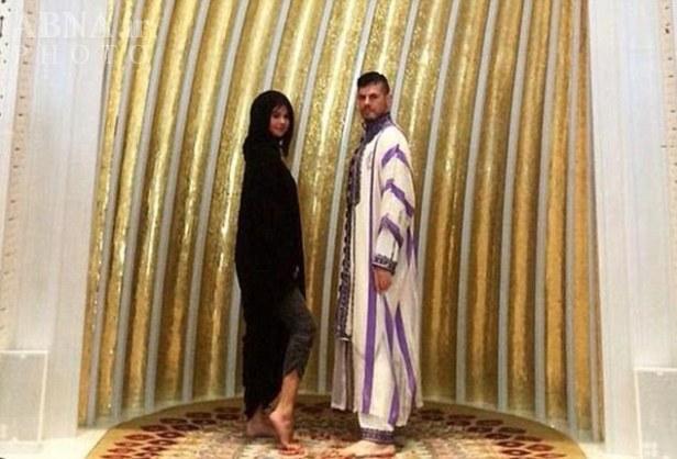 توهین بازیگران زن هالیوودی به مسجدی در امارات + عکس