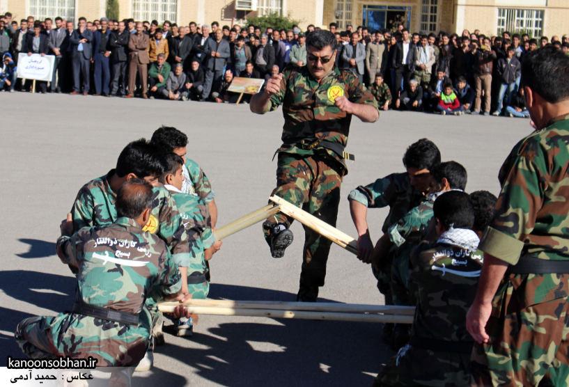تصاویراجرای حرکات نمایشی در اجتماع بزرگ بسیجیان کوهدشت (12)