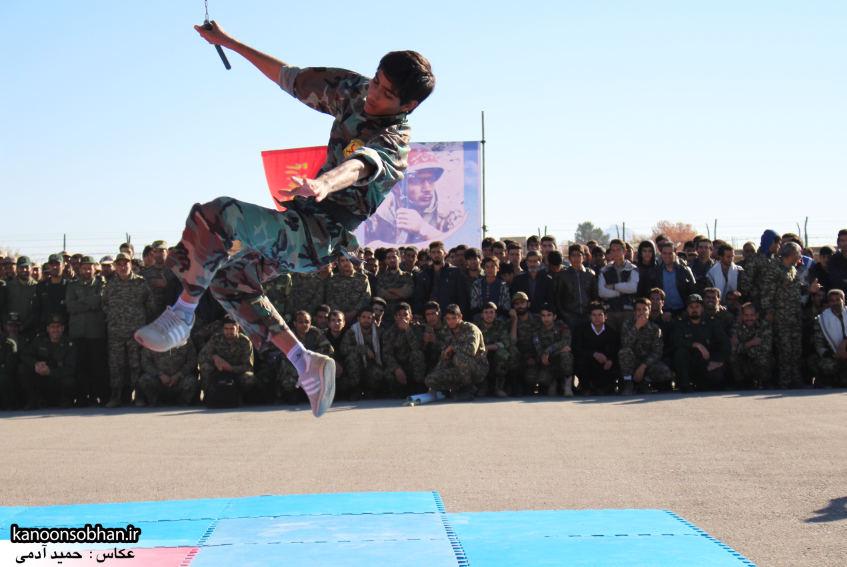 تصاویراجرای حرکات نمایشی در اجتماع بزرگ بسیجیان کوهدشت (2)