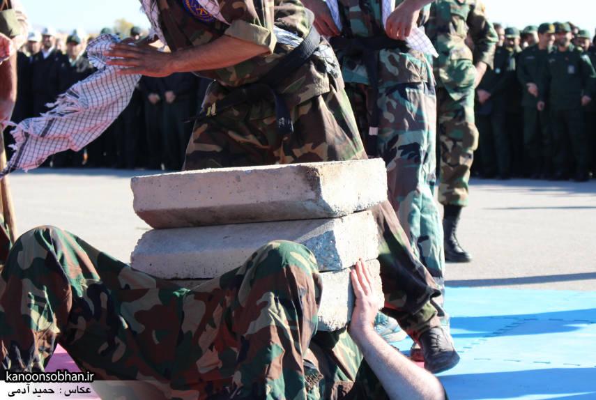 تصاویراجرای حرکات نمایشی در اجتماع بزرگ بسیجیان کوهدشت (20)