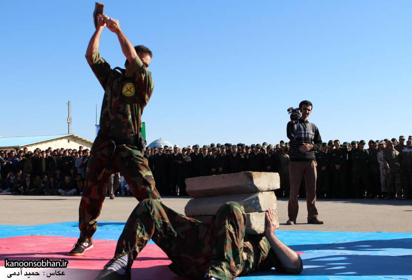 تصاویراجرای حرکات نمایشی در اجتماع بزرگ بسیجیان کوهدشت (21)