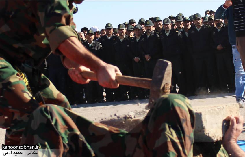 تصاویراجرای حرکات نمایشی در اجتماع بزرگ بسیجیان کوهدشت (23)
