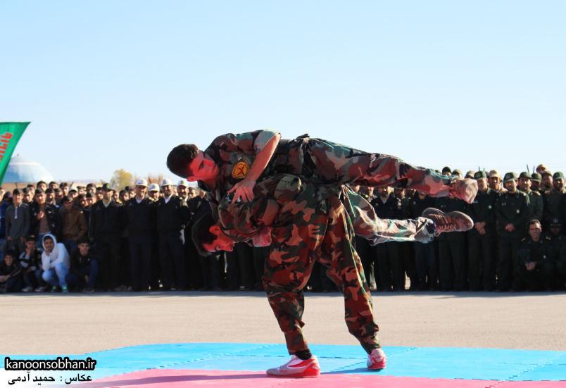 تصاویراجرای حرکات نمایشی در اجتماع بزرگ بسیجیان کوهدشت (3)