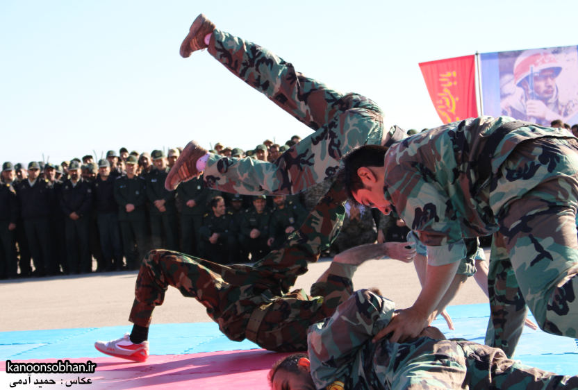 تصاویراجرای حرکات نمایشی در اجتماع بزرگ بسیجیان کوهدشت (4)