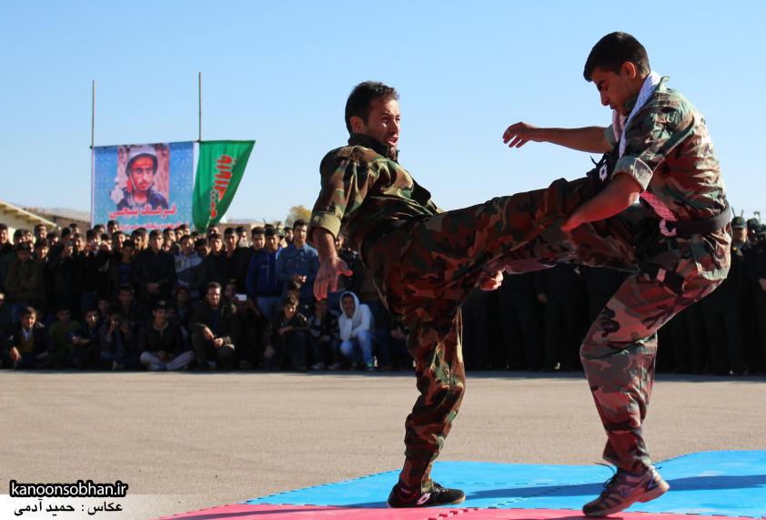 تصاویراجرای حرکات نمایشی در اجتماع بزرگ بسیجیان کوهدشت (8)