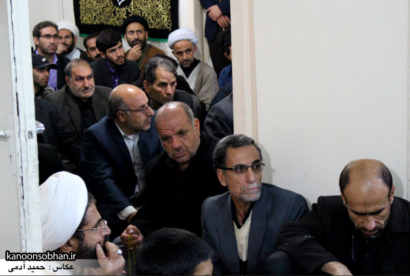تصاویر شب آخر مراسم عزاداری صفر ۱۳۹۴ در دفتر امام جمعه کوهدشت (15)