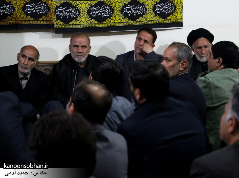 تصاویر شب آخر مراسم عزاداری صفر ۱۳۹۴ در دفتر امام جمعه کوهدشت (29)