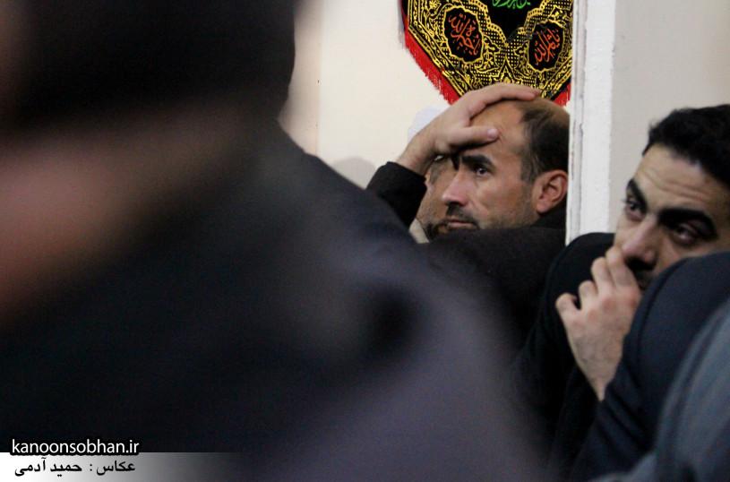تصاویر شب آخر مراسم عزاداری صفر ۱۳۹۴ در دفتر امام جمعه کوهدشت (34)