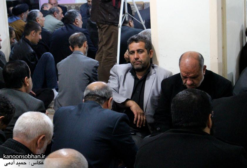تصاویر شب آخر مراسم عزاداری صفر ۱۳۹۴ در دفتر امام جمعه کوهدشت (38)