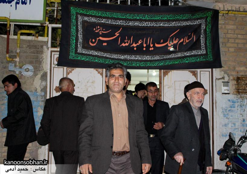 تصاویر شب آخر مراسم عزاداری صفر ۱۳۹۴ در دفتر امام جمعه کوهدشت (42)