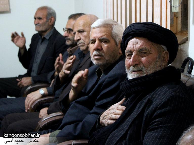 تصاویر شب آخر مراسم عزاداری صفر ۱۳۹۴ در دفتر امام جمعه کوهدشت (44)