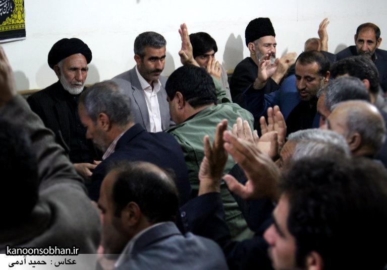 تصاویر شب آخر مراسم عزاداری صفر ۱۳۹۴ در دفتر امام جمعه کوهدشت (45)