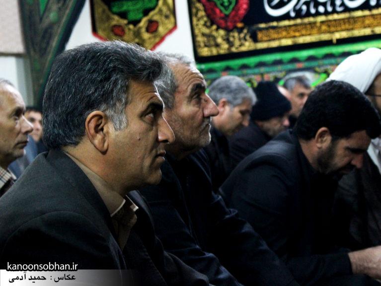 تصاویر شب چهارم مراسم عزاداری صفر ۱۳۹۴ در دفتر امام جمعه کوهدشت (20)