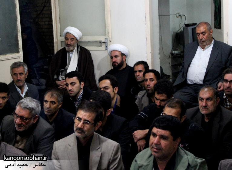 تصاویر شب چهارم مراسم عزاداری صفر ۱۳۹۴ در دفتر امام جمعه کوهدشت (29)