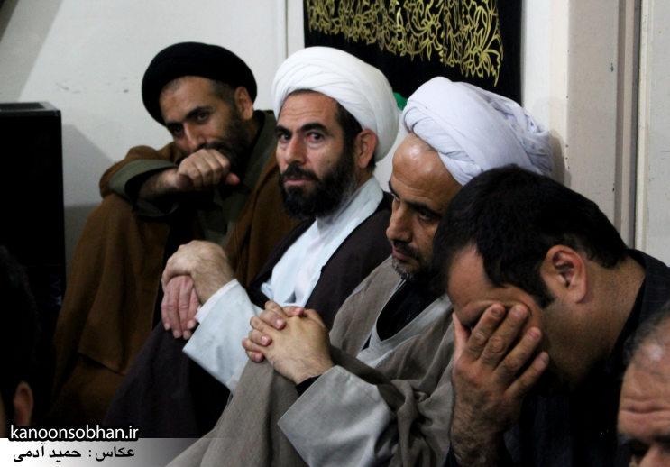 تصاویر شب چهارم مراسم عزاداری صفر ۱۳۹۴ در دفتر امام جمعه کوهدشت (35)