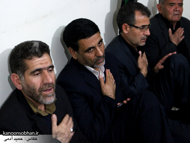 تصاویر شب چهارم مراسم عزاداری صفر ۱۳۹۴ در دفتر امام جمعه کوهدشت (5)