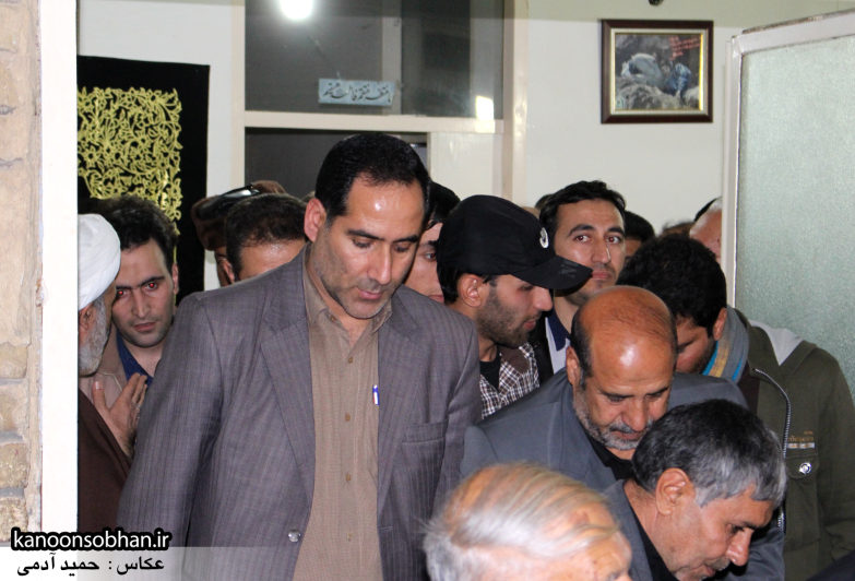 تصاویر شب چهارم مراسم عزاداری صفر ۱۳۹۴ در دفتر امام جمعه کوهدشت (9)