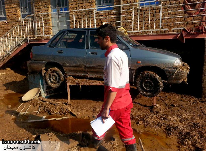رسیدگی فعال هلال احمر کوهدشت به مناطق سیل زده کوهدشت+آمار و عکس (3)