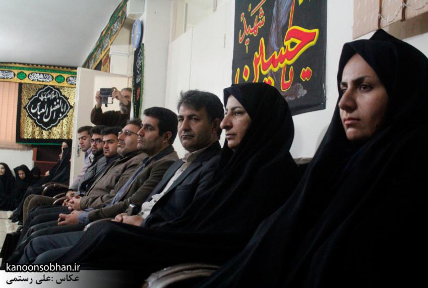 تصاویر«دیدار دانشجویان پیام نور با امام جمعه کوهدشت به مناسبت روز دانشجو» (12)