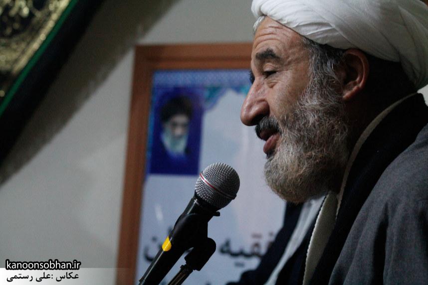 تصاویر«دیدار دانشجویان پیام نور با امام جمعه کوهدشت به مناسبت روز دانشجو» (3)