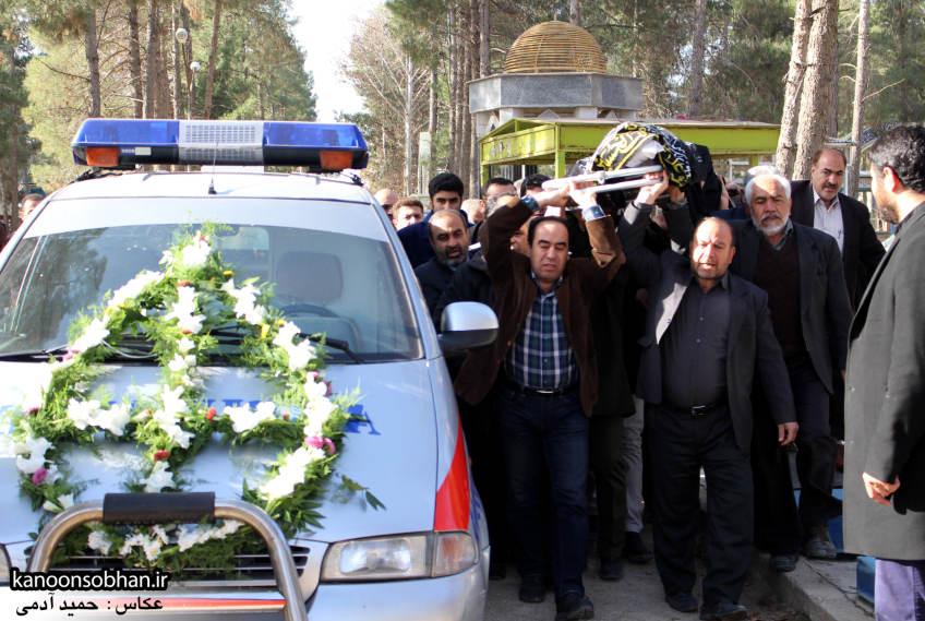 تصاویر مراسم تشییع و تدفین مادر شهید شهرام عباسی در کوهدشت (1)