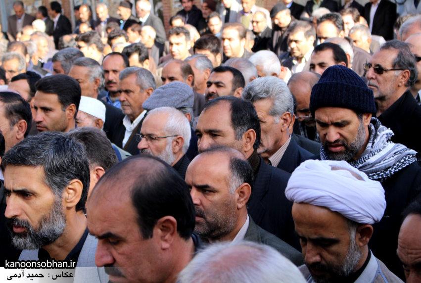 تصاویر مراسم تشییع و تدفین مادر شهید شهرام عباسی در کوهدشت (11)