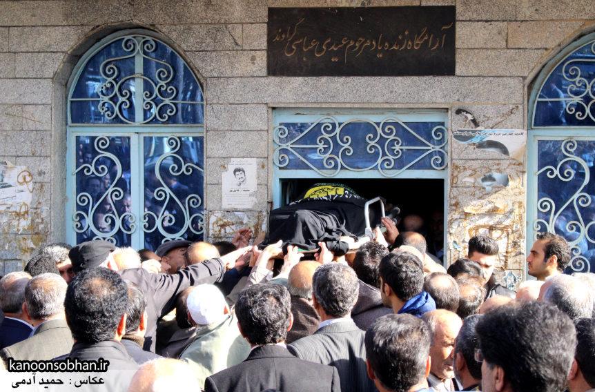 تصاویر مراسم تشییع و تدفین مادر شهید شهرام عباسی در کوهدشت (18)