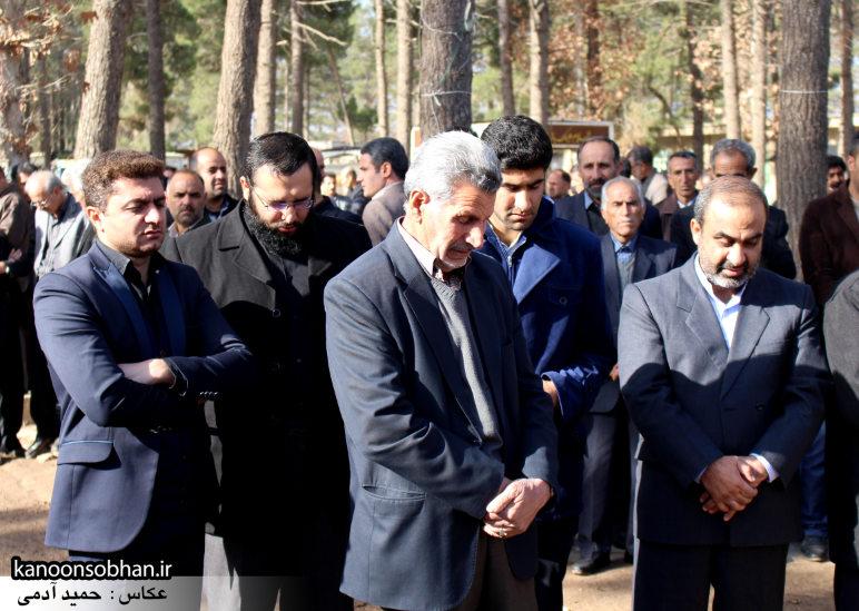 تصاویر مراسم تشییع و تدفین مادر شهید شهرام عباسی در کوهدشت (32)