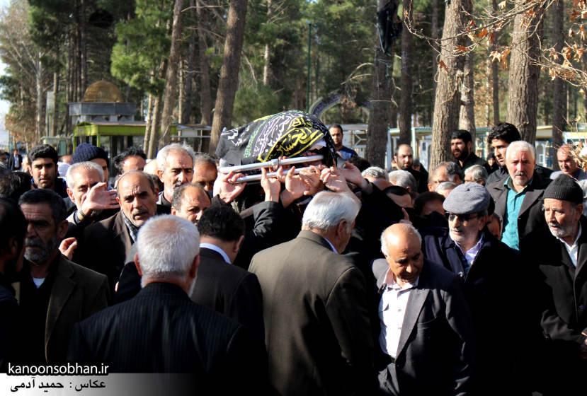 تصاویر مراسم تشییع و تدفین مادر شهید شهرام عباسی در کوهدشت (4)