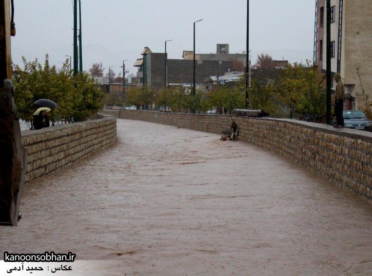 تصاویر پرشدن رودخانه شهر کوهدشتاحتمال وقوع سیل مجدد (6)