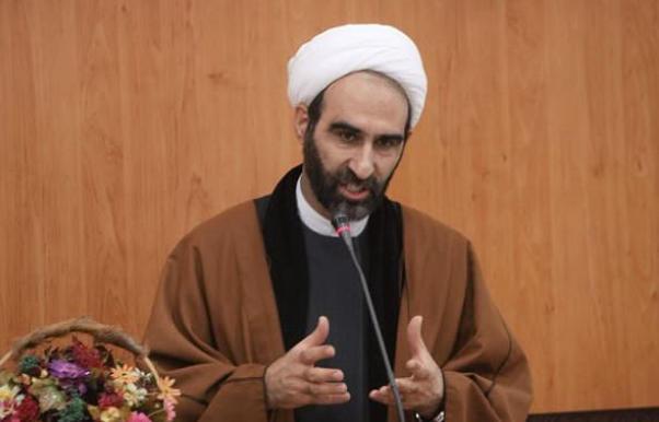 دکتر احمد مبلغی