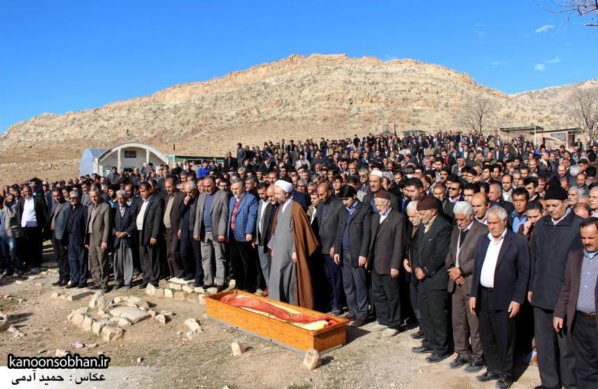 عکس مراسم خاکسپاری پدر اسماعیل دوستی در کوهدشت (3)