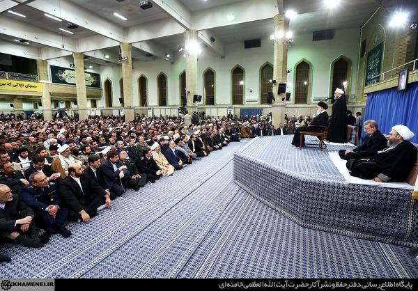 http://farsi.khamenei.ir/ndata/news/31761/C/13941008_0131761.jpg