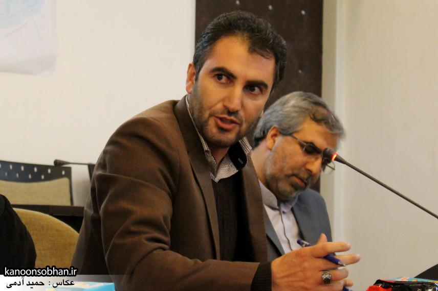 تصاویر نشست خبرنگاران با فرماندار کوهدشت (12)