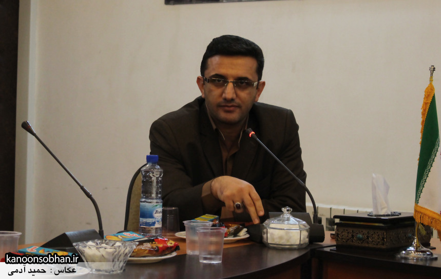 تصاویر نشست خبرنگاران با فرماندار کوهدشت (13)