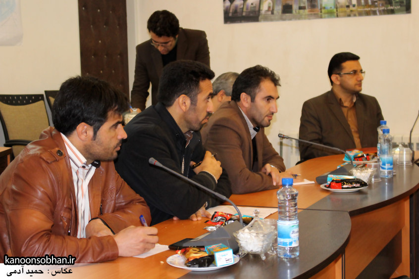 تصاویر نشست خبرنگاران با فرماندار کوهدشت (4)