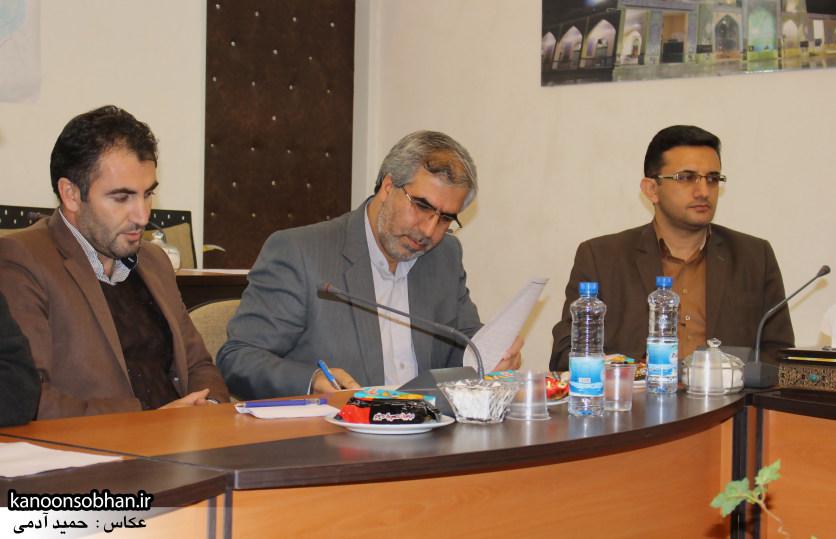 تصاویر نشست خبرنگاران با فرماندار کوهدشت (7)