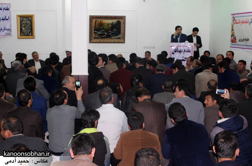 تصاویرجلسه هم اندیشی اساتیددانشگاه آزاد وپیام نور کوهدشت با دکتر الهیارملکشاهی (13)