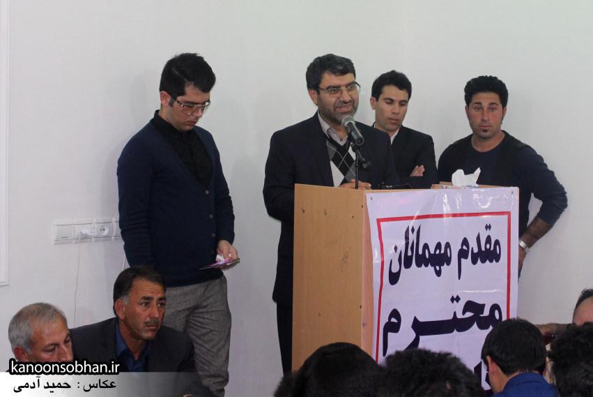 تصاویرجلسه هم اندیشی اساتیددانشگاه آزاد وپیام نور کوهدشت با دکتر الهیارملکشاهی (18)
