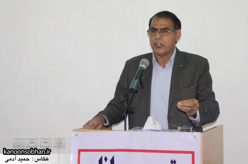تصاویرجلسه هم اندیشی اساتیددانشگاه آزاد وپیام نور کوهدشت با دکتر الهیارملکشاهی (2)