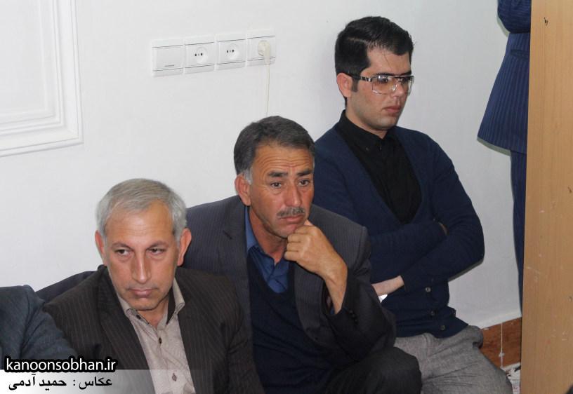 تصاویرجلسه هم اندیشی اساتیددانشگاه آزاد وپیام نور کوهدشت با دکتر الهیارملکشاهی (8)