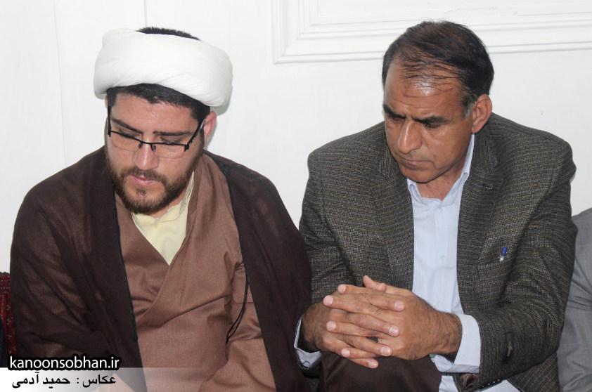 تصاویرجلسه هم اندیشی اساتیددانشگاه آزاد وپیام نور کوهدشت با دکتر الهیارملکشاهی (9)