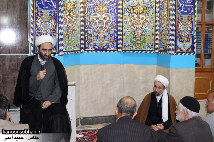 تصاویر حضور آیت الله احمد مبلغی در مسجد جامع کوهدشت (3)