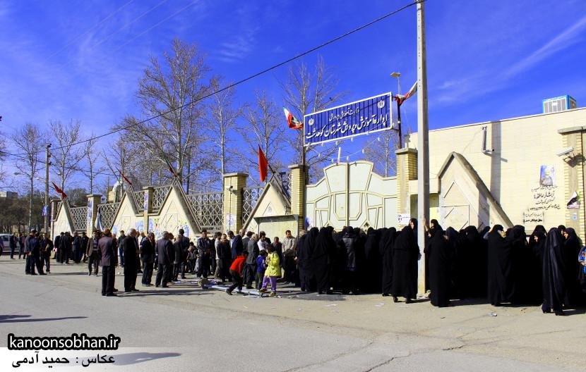 تصاویر حضور پرشور مردم کوهدشت در پای صندوق های رأی (20)