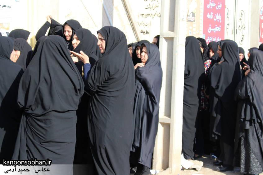 تصاویر حضور پرشور مردم کوهدشت در پای صندوق های رأی (3)
