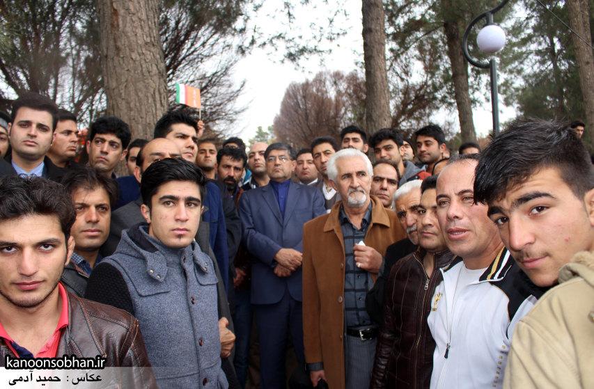 تصاویر راهپیمایی با شکوه 22 بهمن94 کوهدشت (30)