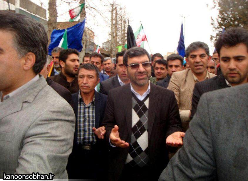 تصاویر راهپیمایی با شکوه 22 بهمن94 کوهدشت (50)