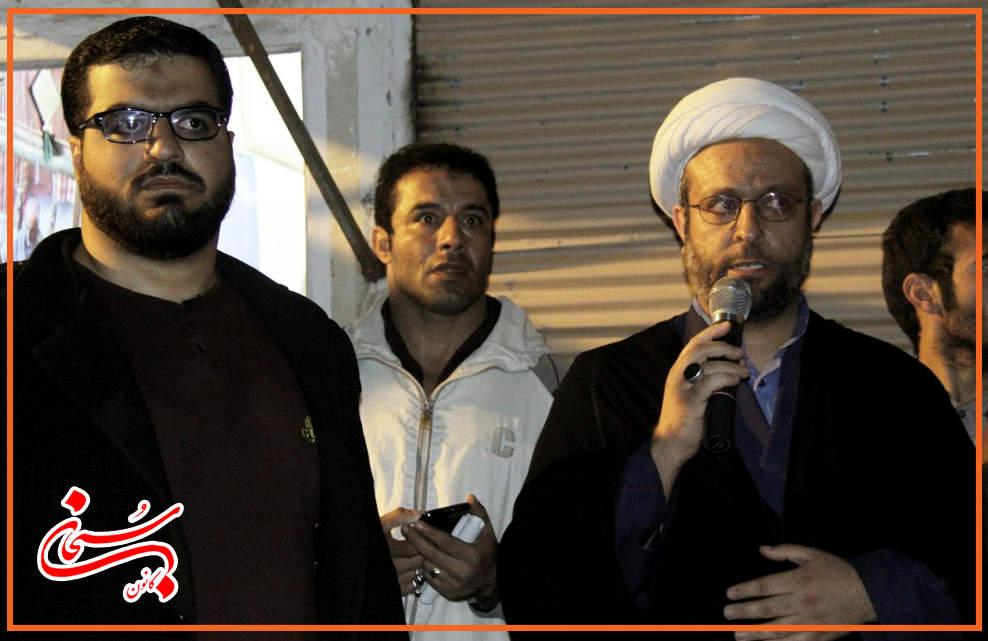 تصاویر سونامی شبانه هواداران علی امامی راد (9)
