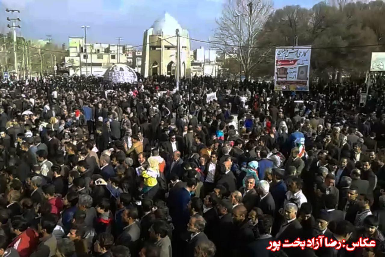 تصاویر همایش بزرگ محمد آزادبخت در کوهدشت (11)