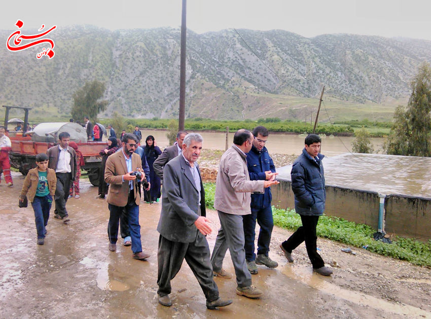 تصاویر حضورفرماندار کوهدشت و مسئولین در مناطق سیل زده ی بخش کوهنانی (1)